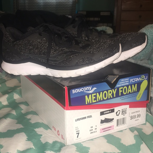 Saucony Lifeform Feel Tennis Shoes
